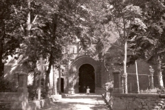 Iglesia San Miguel Atrio, 1937. @Archivo de Salva G.