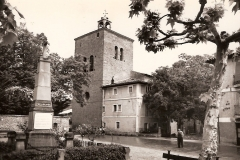 Plaza de los Mártires, al fondo la Iglesia, 1943. @Archivo de Salva G.