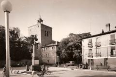 Plaza de los Mártires, al fondo la Iglesia, 1945. @Archivo de Salva G.