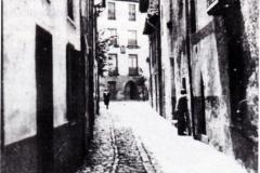 Calle de la Plaza, 1956. @Aoiz y sus personalidades ilustres